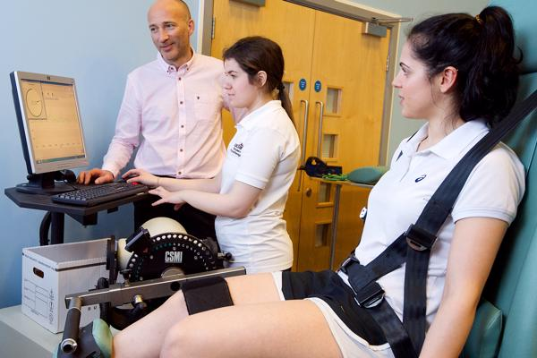 21700 - Academic with physiotherapy students